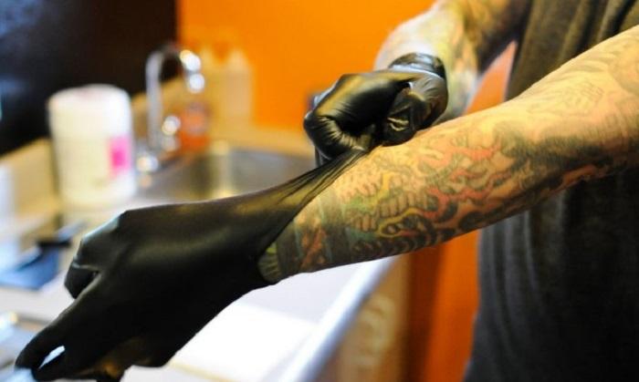 Важность дезинфекции, стерилизации в тату-процессе